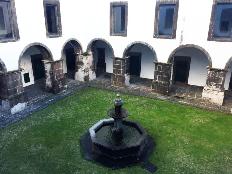 The cloister of the Convento de Sao Francisco